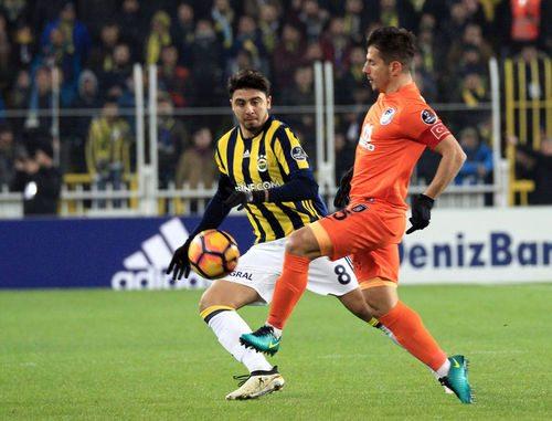 Başahşehir - Fenerbahçe maçı hangi kanalda, saat kaçta (2)
