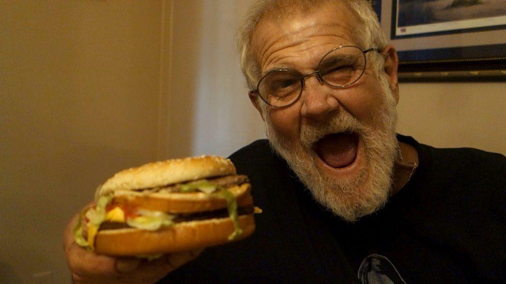 """67 Yaşındaki Youtuber """"Angry Grandpa"""" Öldü"""