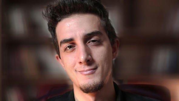 Youtuber Ruhi Çenet Trafik Kazası Geçirdi