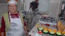 76 Yaşındaki Youtuber Saniye Anne