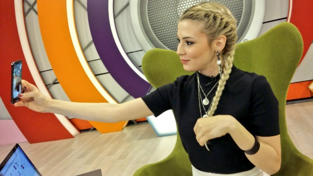 Duygu Köseoğlu Dream TV'de Program Sunacak.